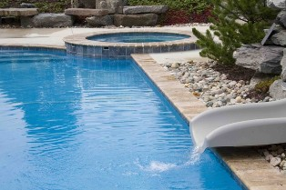 Pool Cleaning Burbank CA